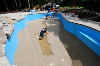Finishing the pool bottom