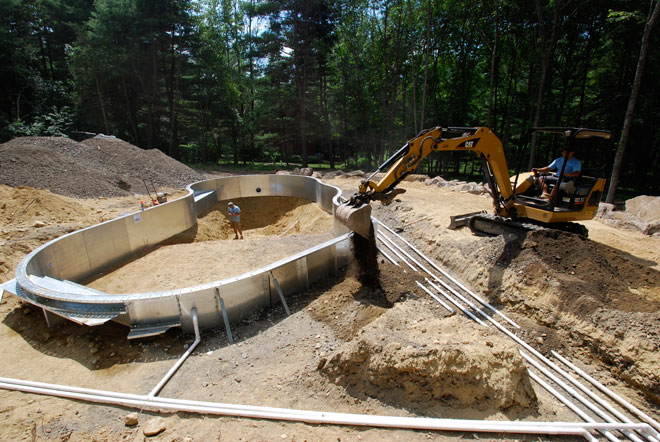 Central pools and spas inground swimming pool builder pool contractor pool construction for Cost of swimming pool installation inground